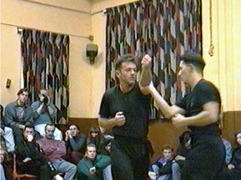 Wing Chun Hand Skills demostrated by the UK Wing Chun Assoc. late student Bobby Beach.