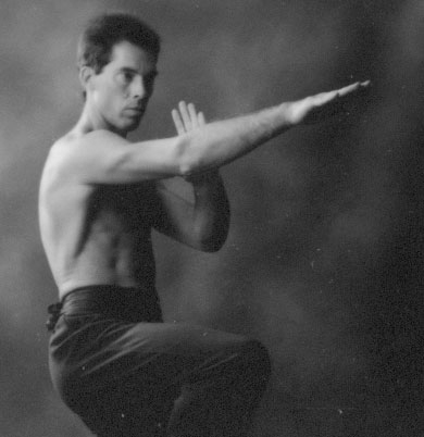 Bit Tze performed by Master James Sinclair of the UK Wing Chun Kung Fu Assoc.