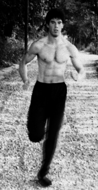 James Sinclair took his fitness training to be an important part of his Wing Chun regimen. With huge cardio training and callisthenics.