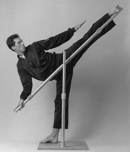 James Sinclair using the EPSOS to improve balance and hip strength