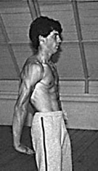 Wing Chun Teacher James Sinclair demonstrates Hau Gum Sau