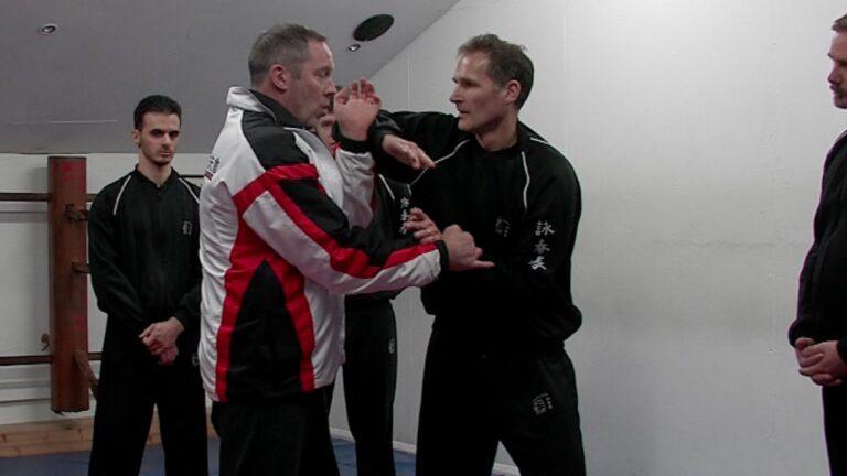Folding to dissolve an elbow strike