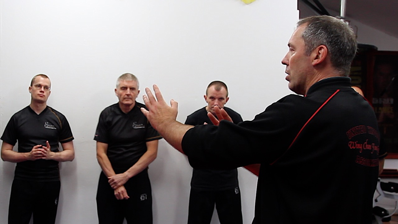 Wing Chun Chi Sau Contrary Approaches