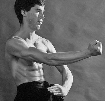 James Sinclair performs the Wing Chun Gaan Sau